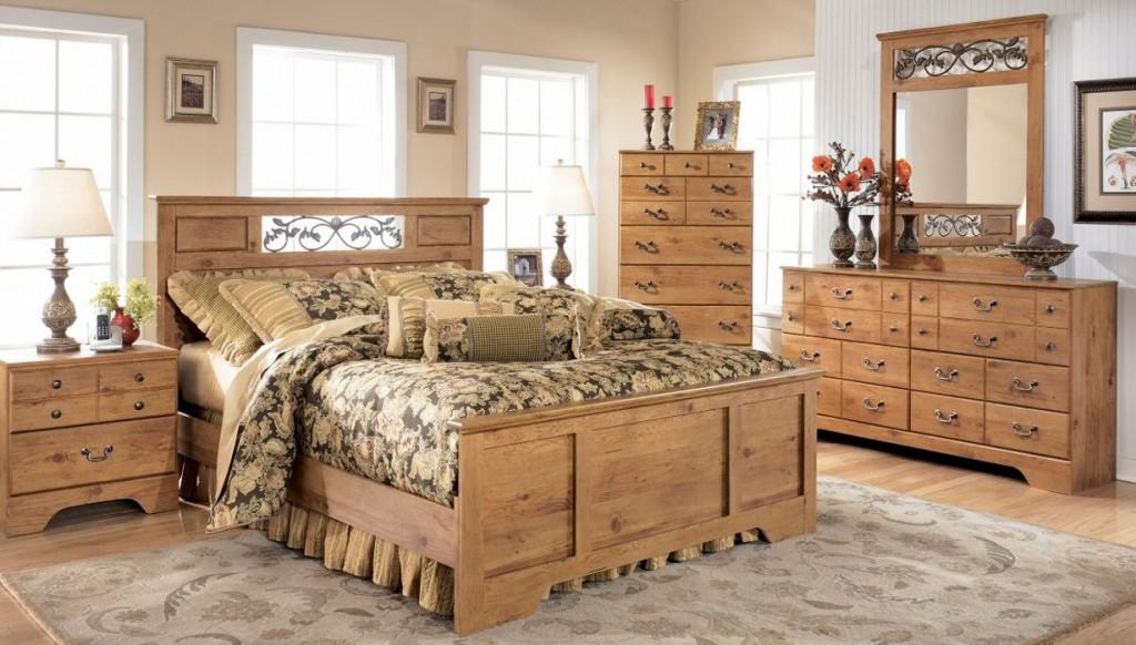 Преимущества и недостатки мебели из массива дерева в спальню